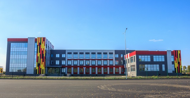 Фото нового завода ЧКЗ